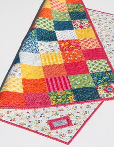 Best Day Ever Patchwork Baby Quilt Kit, Simple Quick Easy Baby Patchwork Quilt, Baby Quilts, Longarm Quilting, Quilting Projects, Sewing Projects, Baby Baptism Gifts, Sewing Room Design, Long Arm Quilting Machine, Rainbow Quilt