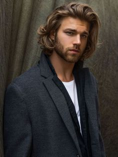 shoulder length curly hairstyles for fashionable men #long #hairstyle #men