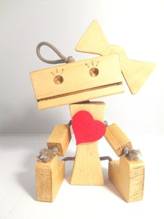 In Love Dayzee The Desk Robot, Ideal for Valentines
