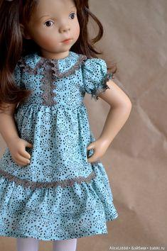 Комплект состоит из; — платья, сшито из итальянского батиста, отделано тонюсеньким хлопковым корейским кружевом — трусиков — гольфов / 1 700р