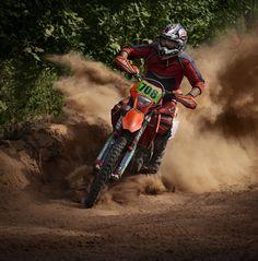 Love motorcross. Please check out my website thanks. www.photopix.co.nz