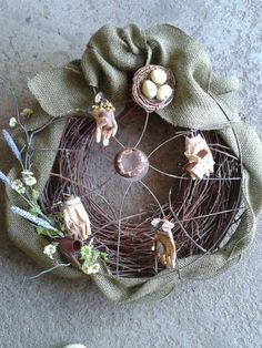 gardening wreath with fan cover