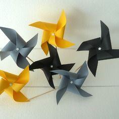 8 pics moulins à vent (gris, jaune, noir) décoration de table de fête , candy bar, mariage, baptême