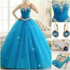 Vestido de 15 anos princesa azul