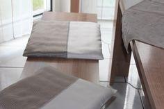 neue Sitzkissenbezüge für mein Esszimmer. Gearbeitet mit Hotelverschluß, damit ich sie schnell mal abziehen kann zum Waschen.