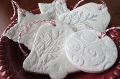With My Own Two Hands: Baking Soda and Corn Starch Christmas Ornaments Clay Crafts, Diy And Crafts, Crafts For Kids, Salt Dough Christmas Ornaments, Christmas Mood, Christmas Ideas, Inspirational Gifts, Holiday Crafts, Advent