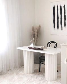 Farmhouse Chairs, Farmhouse Living Room Furniture, Modern Farmhouse Decor, Rustic Decor, Home Decor Dyi, Decorating A New Home, Home Decor Styles, Decor Ideas, Living Room Seating