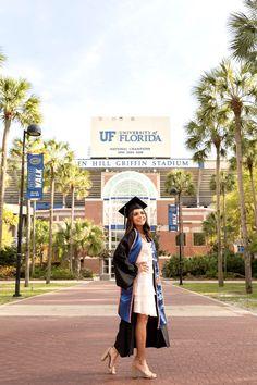 Grad Pics, Graduation Photos, Graduation Ideas, Florida Gatora, New York City, University, College, Poses, Photography