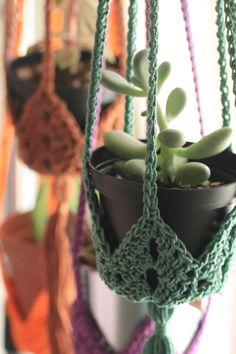 Crochet Planter Cover, Crochet Plant Hanger, Learn To Crochet, Knit Crochet, Crochet Home Decor, Beautiful Crochet, Crochet Projects, Crochet Patterns, Etsy Shop