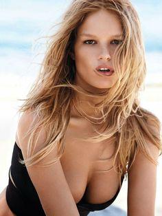 Anna Ewers - Vogue UK