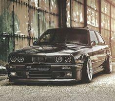 BMW E30 3 series black