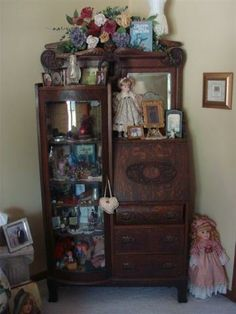 Antique Secretary/Bow Front Curio Cabinet on casters Antique Curio Cabinet, Glass Curio Cabinets, Antique China Cabinets, Display Cabinets, Victorian Furniture, Antique Furniture, Wood Furniture, Furniture Styles, Furniture Design