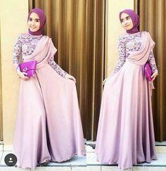 Kebaya Modern Kebaya Hijab, Kebaya Brokat, Muslim Evening Dresses, Hijab Fashion, Women's Fashion, Abaya Designs, Mode Hijab, Modest Outfits, Baby Knitting