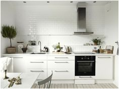 Beautiful Kitchen Remodel Ideas For Old Kitchen Kitchen Without Wall Units, Kitchens Without Upper Cabinets, Kitchen Cabinets, Kitchen Dinning, Old Kitchen, Kitchen Ideas, Dining Room, Kitchens And Bedrooms, Home Kitchens