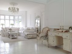 White living room white floors