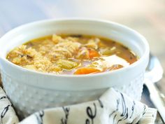 Chicken and Quinoa Soup is good for the soul and excellent for the body! Chicken and Quinoa Soup is a low calorie, high fiber, flavor packed meal perfect for your weekend meal prep. Chicken Quinoa Soup, Chicken Soup Recipes, Healthy Soup Recipes, Healthy Snacks, Cooking Recipes, Cooked Chicken, How To Cook Quinoa, Soup And Salad, Noodle Soup