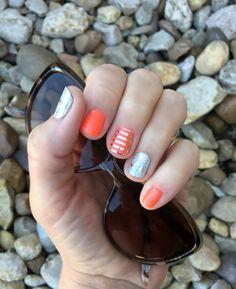 This is Rumba TruShine gel enamel, Morocco, and Metallic Silver Stripe. #rumbajn #moroccojn #metallicsilverstripejn #jamberry #jamberrynails #trushinejn #gelenamel #summernails #summermani #silvernails #silvermani #nailart #nailwraps