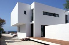 Terrassa-1_Beautiful House By The Pool by Dom Arquitectura