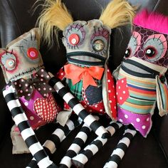 Mark Montano shows how you can make the cutest monster dolls from scrap fabric. This looks like so much fun! I'm dying over their furry hair and crazy eyes and zipper mouths. And it's …