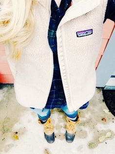 Fall Attire // LL Bean Boots, Patagonia vest & a flannel // Super Cute! Preppy Outfits, Preppy Style, Style Me, Cute Outfits, Preppy Fall, Girl Style, Work Outfits, Fall Winter Outfits, Winter Wear