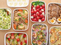休日など時間のある時に作り置きしておけば、忙しい時やお弁当にサッと一品増やすことが出来たり、ちょっと手の込んだ料理ができて助かりますね。お野菜からお肉、お魚、デザートやスープまで、作り置きできるおかずやサラダのレシピを集めました。ダイエット中の方にもぴったりなヘルシーレシピや、一週間分作り置きのレシピ本もご紹介。コツさえつかめばアレンジしてレパートリーも広がりますよ♪