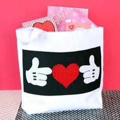 Super cute Mickey Valentine Tote