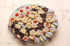 Fursecuri fragede de Craciun ornate Acai Bowl, Breakfast, Food, Acai Berry Bowl, Morning Coffee, Eten, Meals, Morning Breakfast, Diet