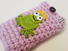 mobile phone case - cell phone case - crochet with crochet patch - frog prince