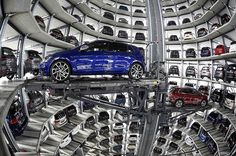 O Grupo Volkswagen anunciou nesta quarta-feira (3) uma alta de 44% no lucro líquido do 1º trimestre, que passou de € 2,4 bilhões no mesmo período de 2016 para € 3,4 bilhões neste ano, mesmo com os custos de acordos bilionários para resolver a fraude nos motores a diesel.   O resultado ficou...