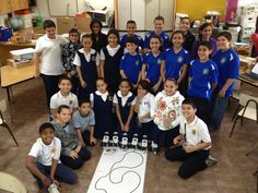 Estudiantes de la escuela Dr. Antonio Pedreira en los talleres de Techno Inventors