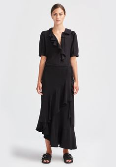 Shop Blouse Xilla Silk in black at the official Rodebjer online shop. Discover all the details, product information and how to style it. Swedish Clothing Brands, Silk Chiffon, Short Sleeve Dresses, Shirt Dress, Stylish, Skirts, How To Wear, Clothes, Lips