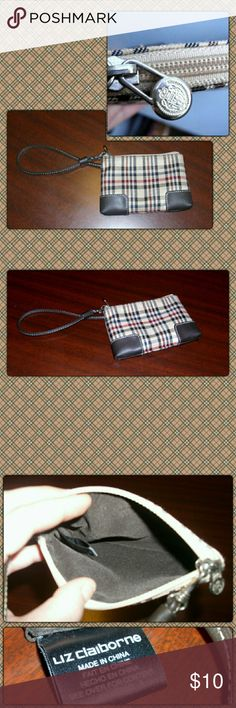 """NWOT! WRISTLET! Cute wristlet by Liz Claiborne  measures 4""""by 6"""" has a single pocket that is zippered. It is polyester with PVC trim. Simple and cute. Liz Claiborne Bags Clutches & Wristlets"""