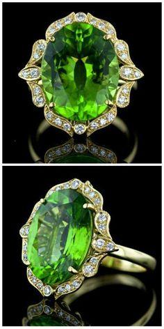A beautiful peridot and diamond ring.   #Vintage #Rings #Jewelry