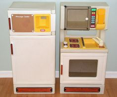 little tikes fridge ( I had one similar to this and the outside water dispenser really worked!!)