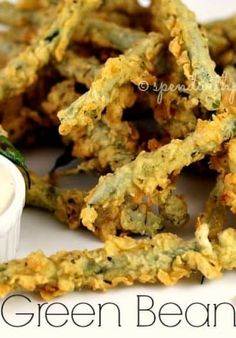 Green Bean Fries - Spend With Pennies - Lunch Recipes Beans Fry Recipe, Fries Recipe, Food Styling, Fried Green Beans, Fried Beans, Great Recipes, Favorite Recipes, Vegetable Dishes, Vegetable Recipes