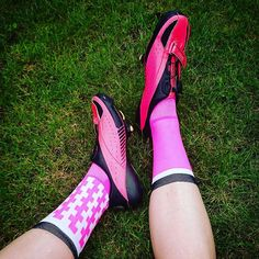 #Repost @vamper.cc ・・・ Mad about my new socks from @thisiscambridge - aren't they amazing?! A great match for my Bonts  THINK PINK! #sockdoping #ticcc #luft #ticsocks #womenscycling