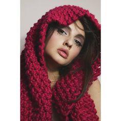 Portrait Inspiration, Winter Hats, Fashion, Moda, Fashion Styles, Fashion Illustrations