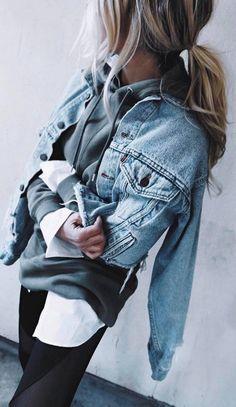 street style addiction / denim jacket + sweatshirt + leggings