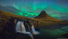 Kirkjufell at Night, Snæfellsnes (Iceland)