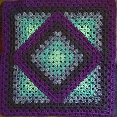 Crochet Granny Square Design Squared Diamond Granny Throwby Chris Apao on Ravelry. - Squared Diamond Granny Throw by Chris Apao on Ravelry. This pattern is available for free. Crochet Afghans, Motifs Afghans, Crochet Motifs, Crochet Quilt, Crochet Blocks, Crochet Blanket Patterns, Baby Blanket Crochet, Crochet Stitches, Crochet Baby
