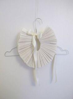 a-mazing DIY super fancy collar // lucille michieli