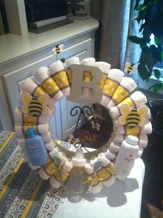 Bumble bee diaper wreath