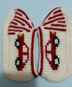 This Pin was discovered by Ays Baby Booties, Baby Shoes, Soft Slippers, Tunisian Crochet, Tatting, Diy And Crafts, Crochet Patterns, Cross Stitch, Booty
