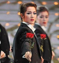 宝塚歌劇団 宙組 七海ひろきの画像 プリ画像
