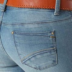 Discover women's straight leg jeans from the French fashion online shop Promod! Straight leg jeans for women - find your perfect shape at Promod UK! Denim Men, Raw Denim, Perfect Jeans, French Fashion, Indigo, Pocket, Shopping, Women, Jeans Style