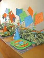 More ideas for a Kite-themed party Kite Decoration, 8th Birthday, Birthday Parties, Kite Party, Kites For Kids, Party Themes, Party Ideas, Baptism Party, First Birthdays