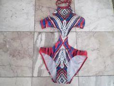 FREE SHIP BONUS    Sexy Hot Girls Or Ladies  Tropical Dazzling Swimwear  Bathing Suit   Size   Medium  nwt      One Piece