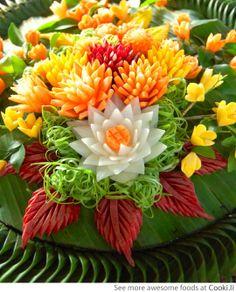 Incredible Veggie and Fruit Flower arrangement See More at http://www.cooki.li/ -