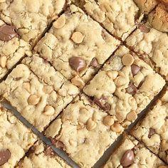 Oatmeal chocolate chip peanut butter bars are a family favorite dessert. Soft cookie bars with oatmeal, peanut butter, peanut butter chips, and chocolate. Cookie Recipes, Pie Recipes, Dessert Recipes, Desserts, Family Recipes, Raspberry Cream Pies, Easy Thanksgiving Recipes, Chocolate Chip Bars, Pumpkin Dessert