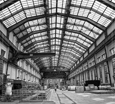 Peter Behrens @ Hussitenstrasse, via Flickr. Peter Behrnes, Architekt, Turbinenhalle Berlin